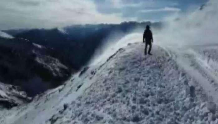 हिमवादळामुळे रोहतांग पासवरील वाहतूक पुन्हा ठप्प