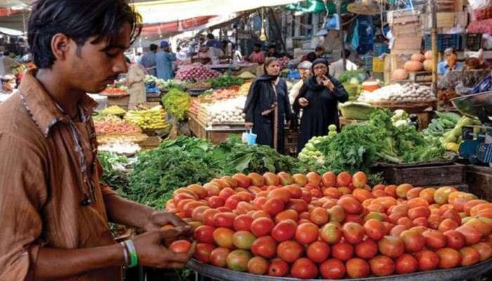 कांद्यापाठोपाठ टोमॅटोच्या दरात वाढ, गाठला 400 रुपयांचा आकडा