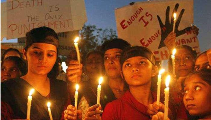 दिल्लीतल्या निर्भया प्रकरणात ७ वर्षापासून 'तारीख पे तारीख'