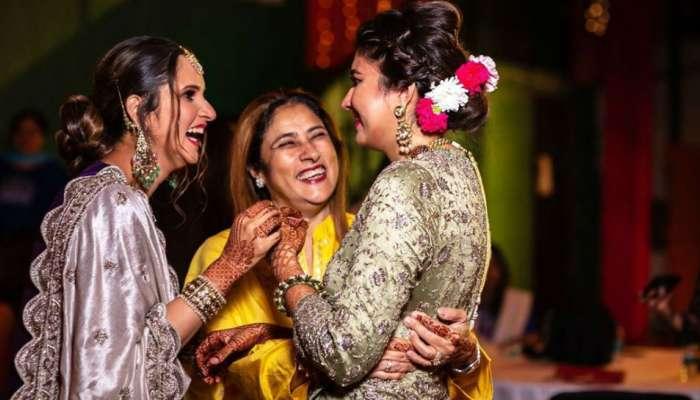 सानिया मिर्झाच्या बहिणीचा या क्रिकेटरच्या मुलाशी विवाह