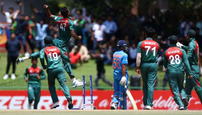 अंडर-१९ वर्ल्ड कप : फायनलमध्ये भारताची खराब बॅटिंग, बांगलादेशला १७८ रनचं आव्हान