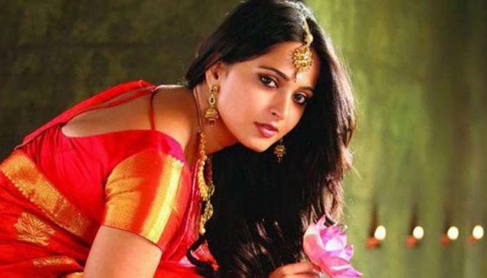 प्रभास नव्हे, भारतीय क्रिकेटपटूशी लग्न करण्याच्या तयारीत 'देवसेना'