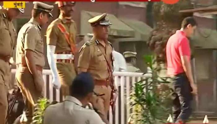 Mumbai Cops Give Guard Of Honour To CP Sanjay Barve Ib Farewell Ceremony
