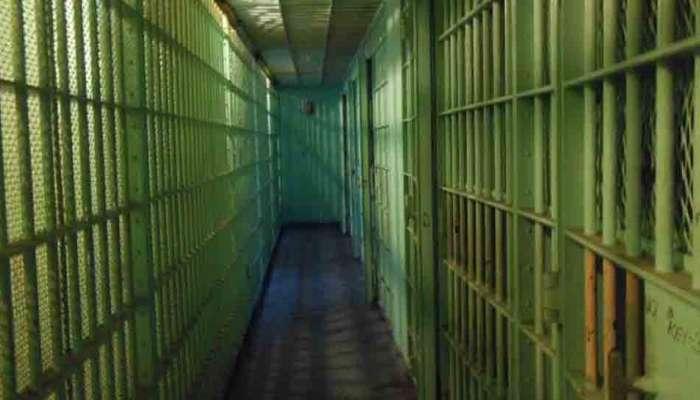 कोरोना : सोशल डिस्टंसिंगसाठी ४१९ कैद्यांना घरी पाठवण्याचा निर्णय