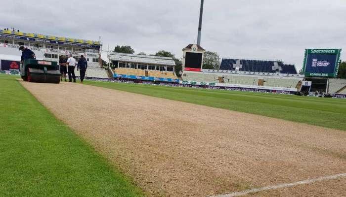Corona : हे क्रिकेट स्टेडियम बनलं 'कोरोना व्हायरस टेस्ट सेंटर'