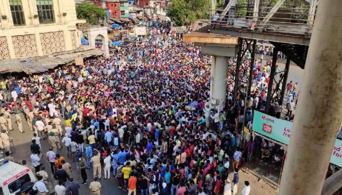 वांद्रे गर्दी प्रकरण : सोशल मीडियावरील ३० अकाऊंटवर सायबर सेलची कारवाई