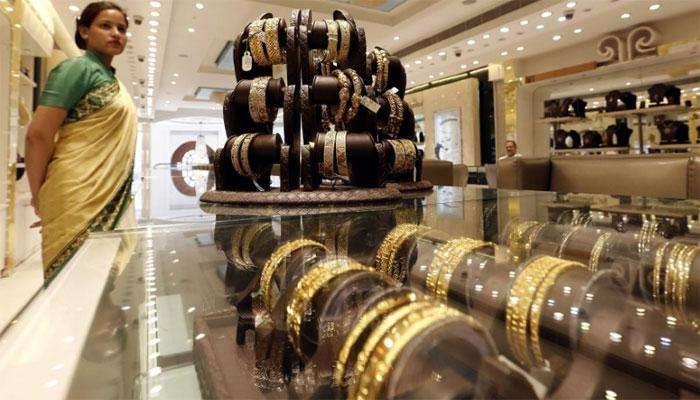 अक्षय तृतीया २०२० : लॉकडाऊनमध्ये असं खरेदी करा सोनं, मिळेल कॅशबॅक