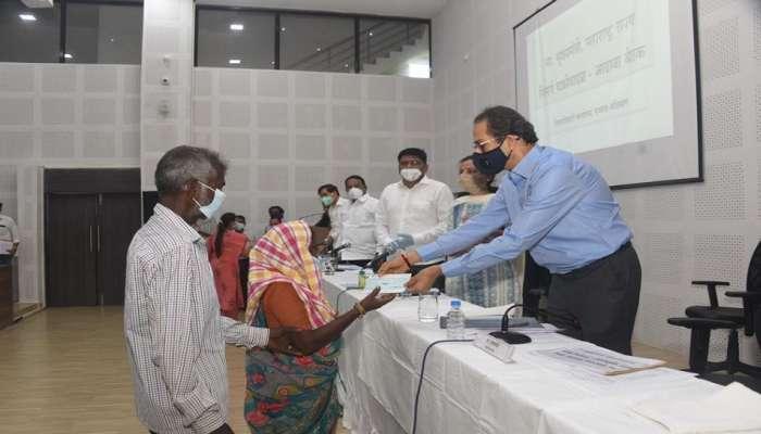 रायगडमधील चक्रीवादळातील नुकसानग्रस्तांसाठी १०० कोटी रुपयांची मदत
