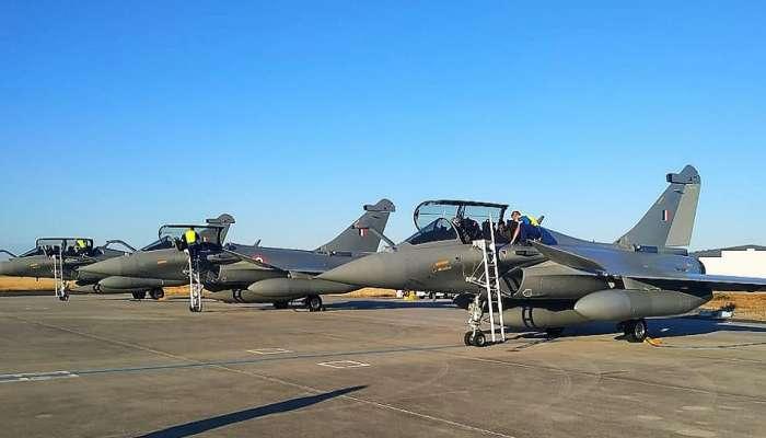 फ्रान्सहून 5 राफेल विमानं भारतासाठी रवाना, अंबाला एअरबेसवर होणार तैनात