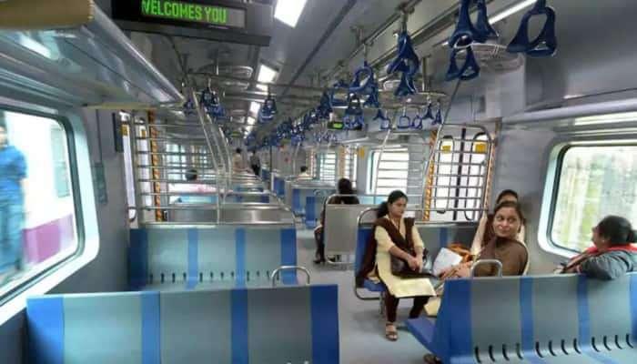 मुंबई लोकल प्रवासासाठी  'क्यु-आर' कोडला १० ऑगस्टपर्यंत मुदतवाढ