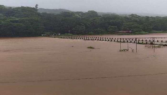 मुंबई - गोवा महामार्गावरील वाहतूक बंद, बावनदी पुलावर पुराचे पाणी