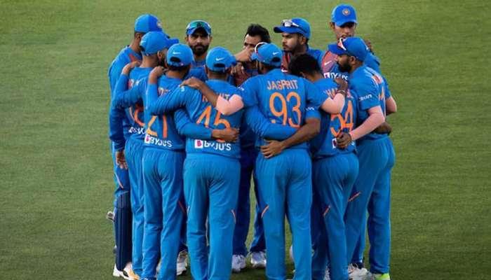 टीम इंडियाचा आणखी एक खेळाडू क्लीन बोल्ड, ट्विटरवर केली साखरपुड्याची घोषणा