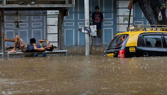 मुंबईची तुंबई, शिवसेनेनं करून दाखवलं - प्रवीण दरेकर