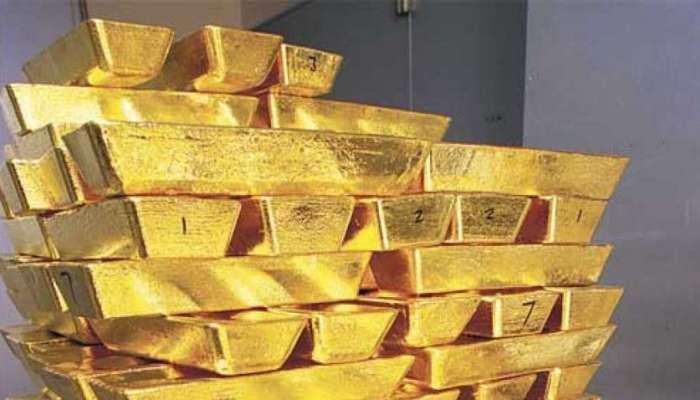 सोन्याच्या किंमतीत घसरण, जाणून घ्या दर