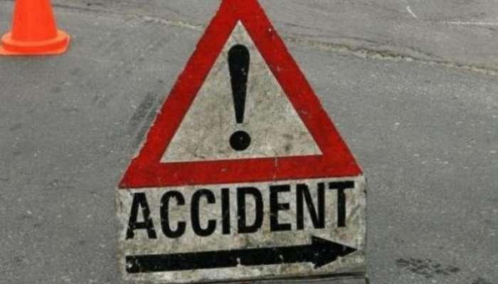 भीषण! ट्रॅव्हल्स बसला अपघात, चौघांचा मृत्यू