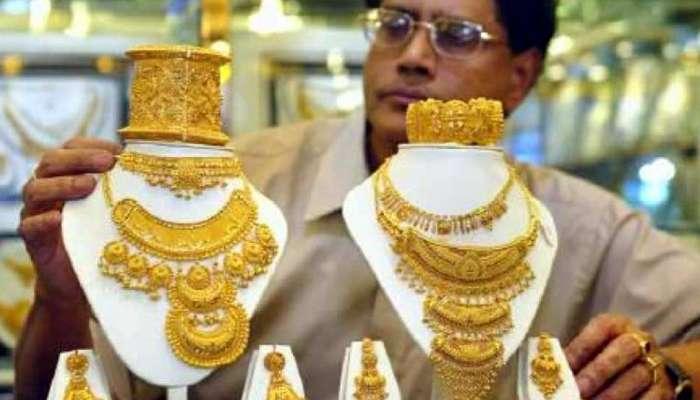 सोने किमतीत पुन्हा वाढ, चांदी दरात मात्र घसरण