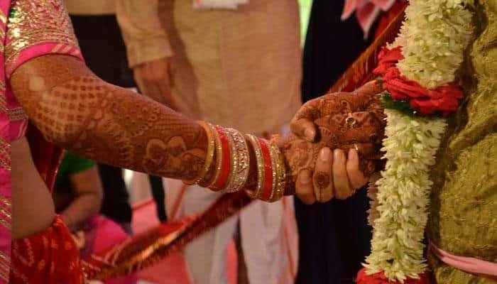 भारताच्या या भागात मामा आणि भाचीचे होते लग्न, तर या ठिकाणी आई झाल्यावरच होते लग्न