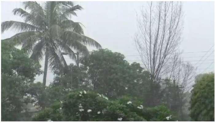 सिंधुदुर्ग आणि महाड-पोलादपूर तालुक्यात अनेक ठिकाणी जोरदार पाऊस