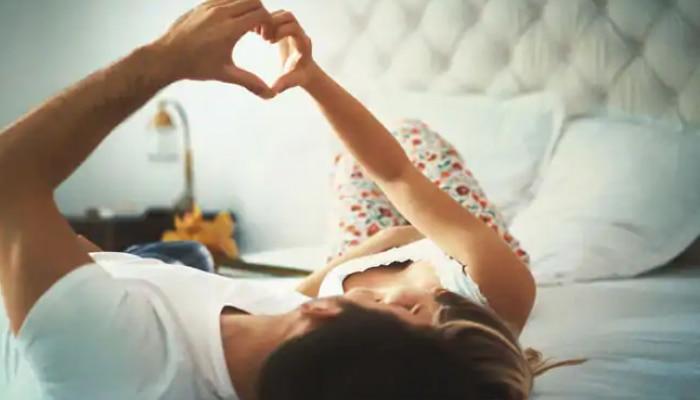 मासिक पाळी दरम्यान सेक्स करणं योग्य की अयोग्य? जाणून घ्या तज्ज्ञांचे मत