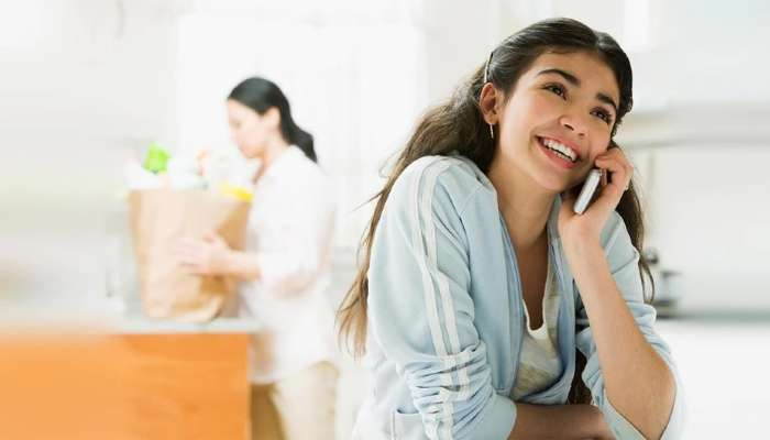 या मोबाईल कंपनीची जबरदस्त ऑफर, Free Calling सह 50 जीबी डेटा मिळतोय