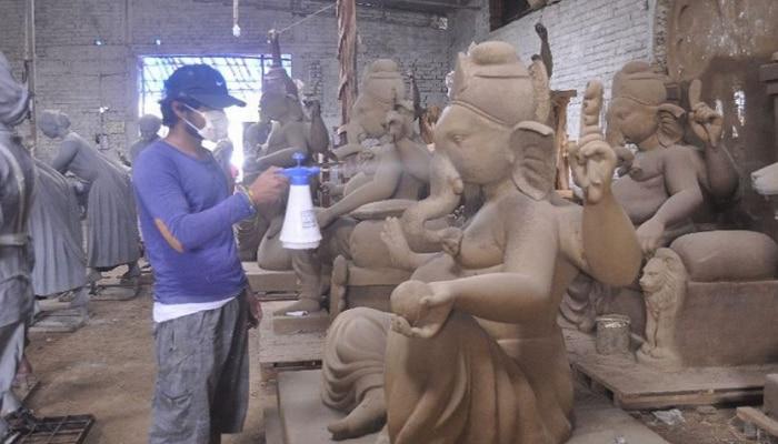 Ganeshotsav GuideLines 2021    सरकारने घेतलेलेल्या नियमांवरुन मंडळ आणि मूर्तिकारांमध्ये नाराजी