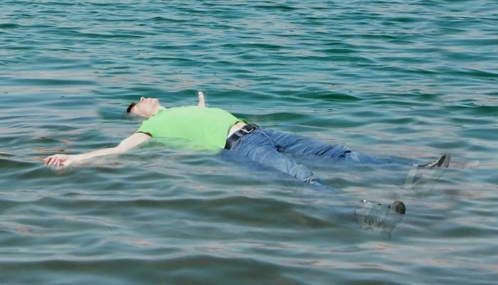 पाण्यातील मृतदेह वर यायला नेमका किती वेळ लागू शकतो?