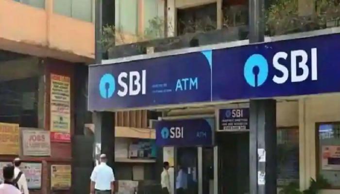 SBI ची खास सुविधा ATM मधून काढू  शकता FD ची रक्कम; जाणून घ्या कसे?
