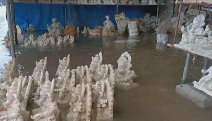गणपती कारखाने जलमय, मूर्तिकारांना पावसाचा मोठा फटका