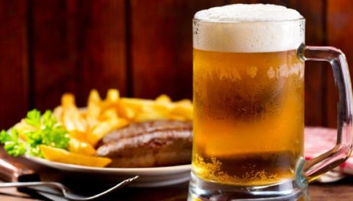 International Beer Day : बिअरला हिंदीमध्ये काय म्हणतात? बिअरबद्दल काही मनोरंजक गोष्टी तुम्हाला माहित आहे का?