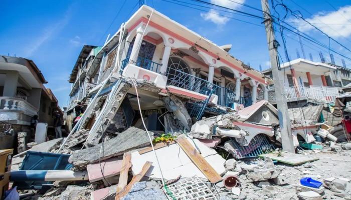 Haiti Earthquake   हैतीत महाशक्तीशाली भूकंप; खासगी तसेच सार्वजनिक मालमत्तेचे मोठे नुकसान