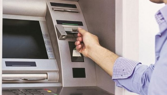 ATMमधून कॅश निघत नसेल, तर बँकेला 10 हजारांचा दंड...RBIचा मोठा निर्णय