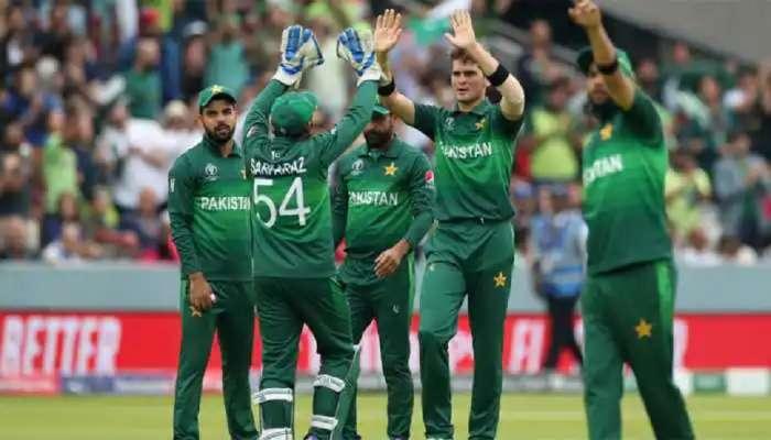 'हा घ्या Blank Cheque आणि टीम इंडियाला हरवाच' पाकिस्तान टीमला चॅलेंज