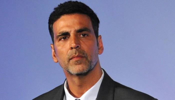 IND VS PAK मॅचनंतर पाकिस्तानी फॅनने Akshay Kumar ला विचारला हा प्रश्न !